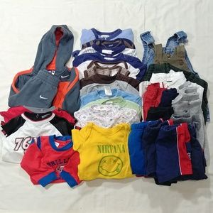 Nike Outfit Bundle Size 6-9 Months